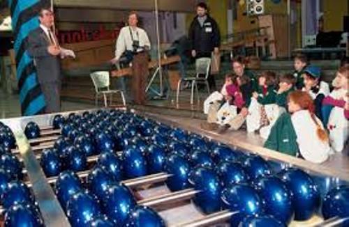 Largest Abacus Blue