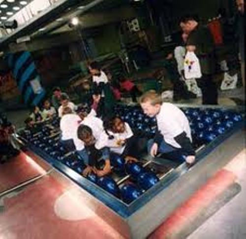 Largest Abacus and Kids